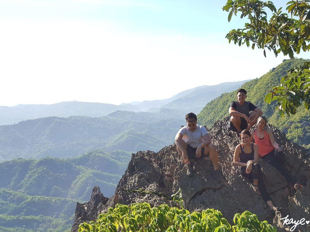 Mountain ranges of Rizal below