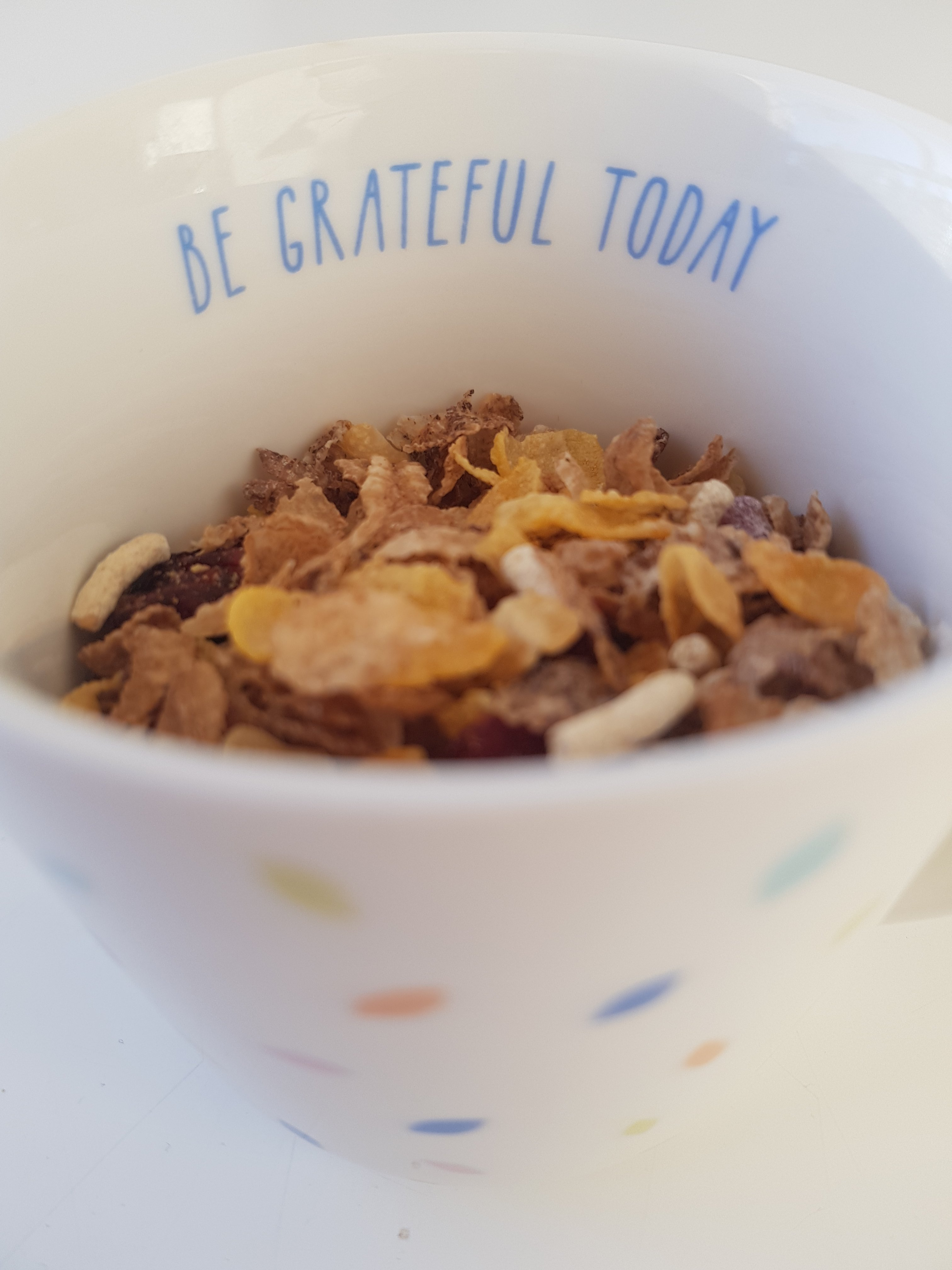 Be Grateful Today mug with cereal